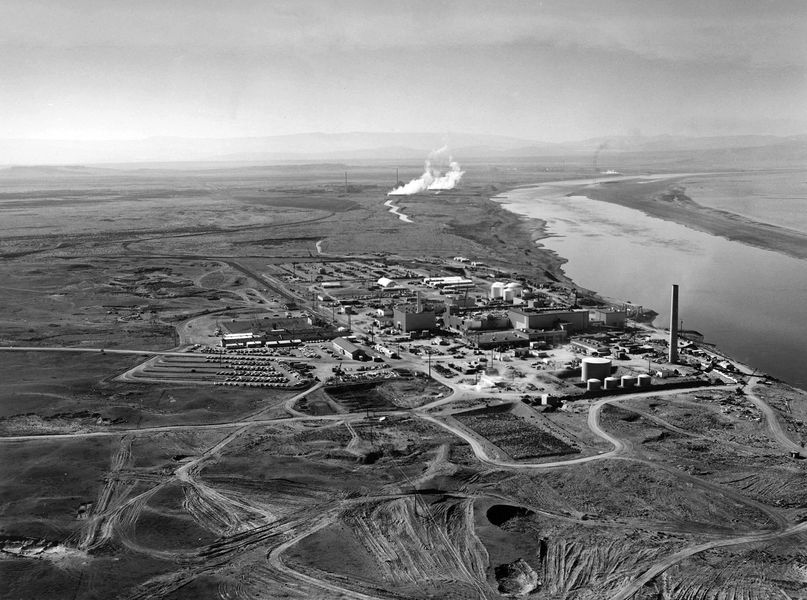 a plan to portray the production of plutonium and life at the hanford site during the manhattan proj The former plutonium plant in hanford first full-scale plutonium production facility the site haunts the the plutonium used for the manhattan project.
