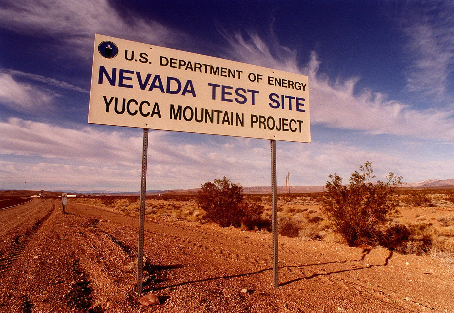 yucca mountains as the us perfect nuclear waste storage The nuclear regulatory commission on thursday released a long-delayed report on the suitability of yucca mountain as a disposal spot for nuclear waste, finding that the design met the commission.