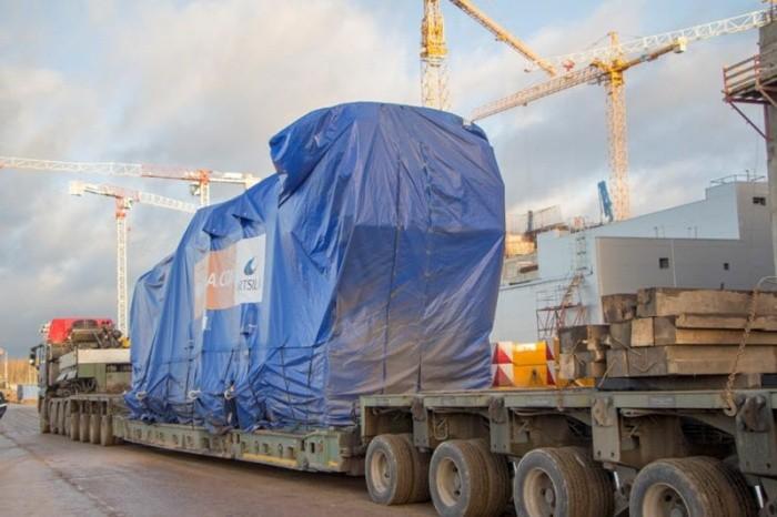 На ЛАЭС поставлена первая партия дизель-генераторов для строящегося первого блока