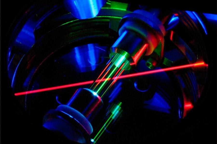 Картинки по запросу лазер охлаждение ионов