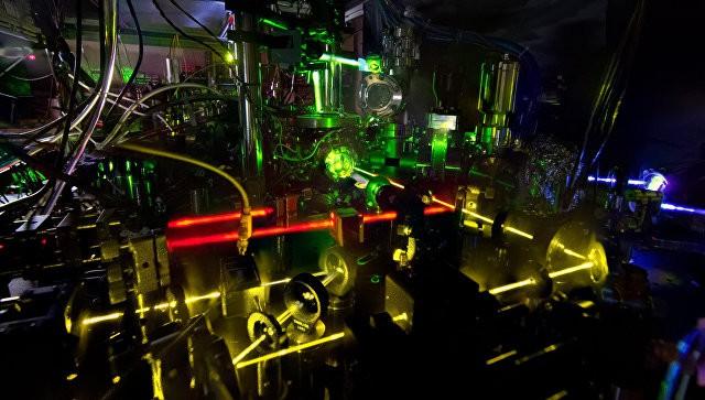 Двойные атомные часы из США помогут найти темную материю