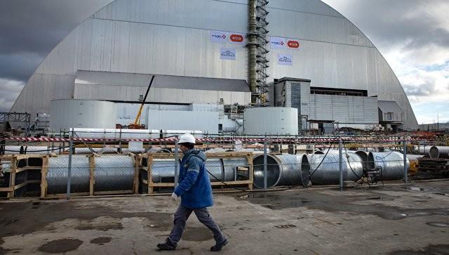 Четвертый энергоблок Чернобыльской АЭС накрыли аркой