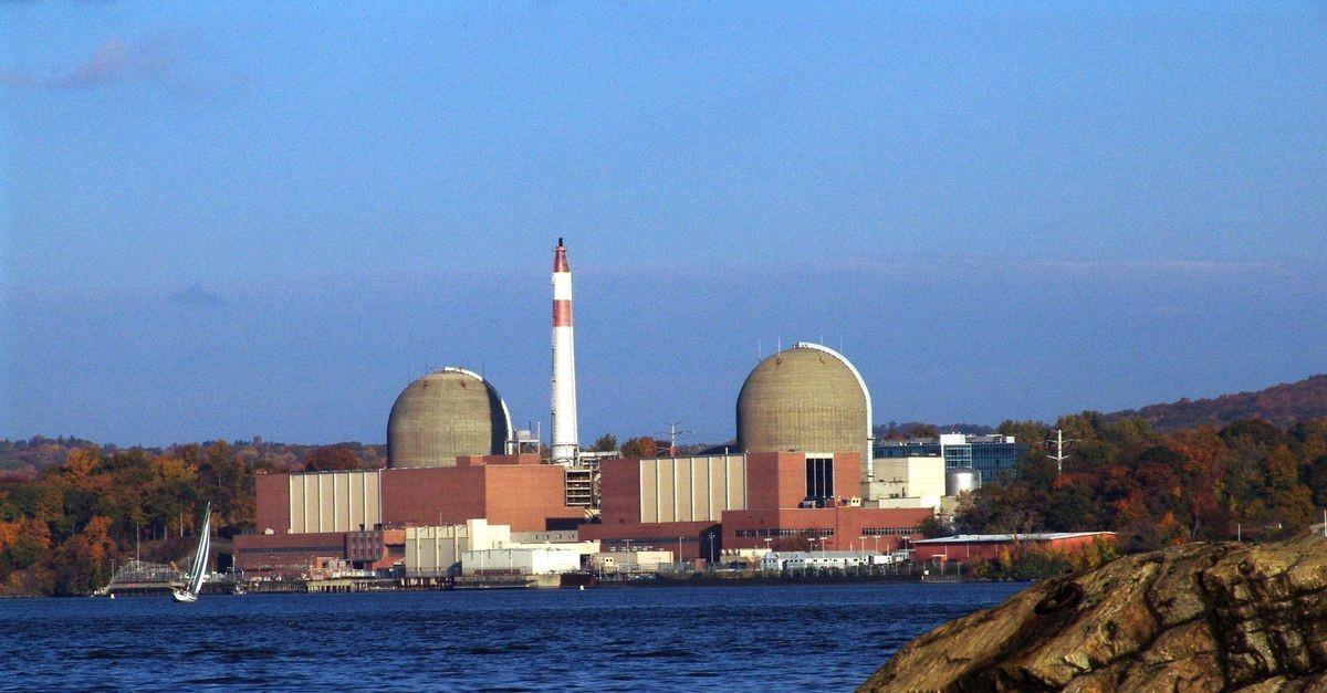 Основной поставщик электроэнергии для Нью-Йорка АЭС Indian Point закроется к 2021 году
