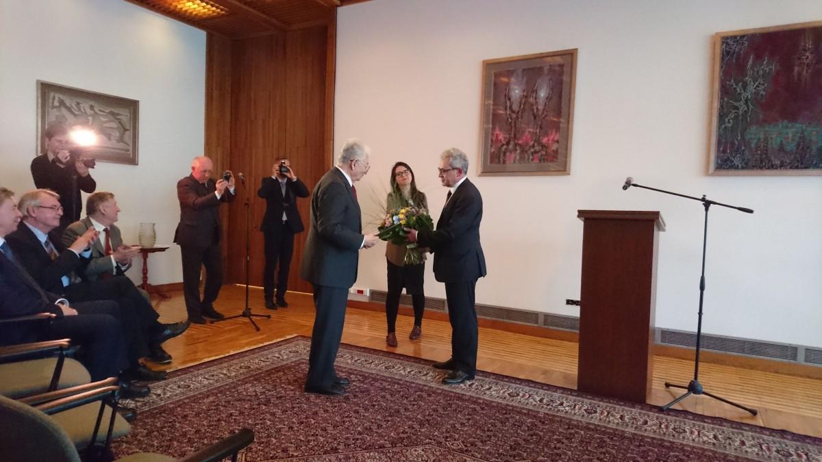 Академик Юрий Оганесян стал членом Польской академии знаний
