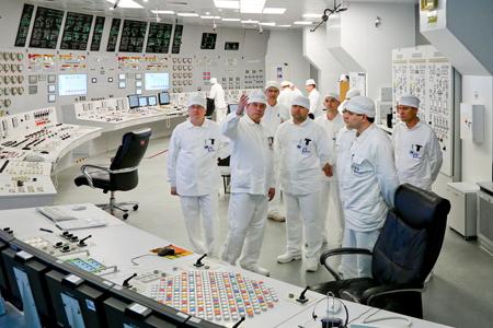 На Смоленской АЭС атомщики из семи стран мира изучили методологию принятия эксплуатационных решений