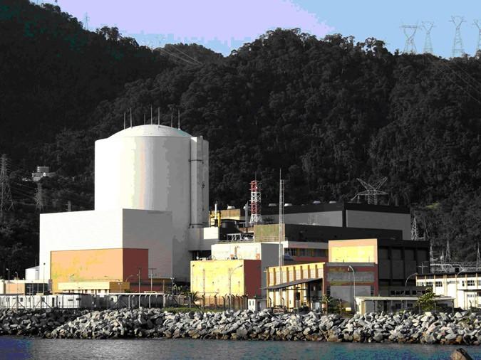 Франция расследует возможные преступления при исполнении контракта по обогащению урана с Бразилией