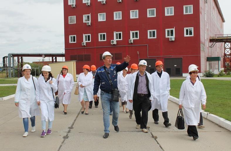 Село Уксянское и АО «Далур» посетили жители села Труд и Знание Звериноголовского района Курганской области