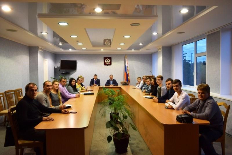 Состоялась встреча молодежи Десногорска с куратором проектов Росатома