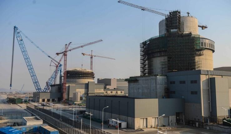 Из-за запроса экологического активиста произошла задержка загрузки топлива на строящуюся китайскую АЭС