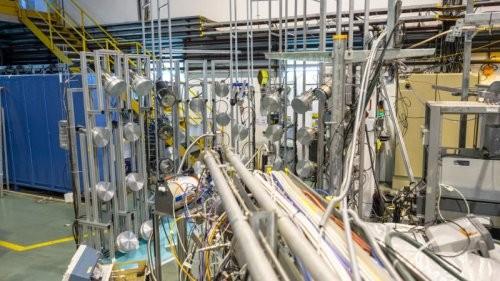 Ученые готовятся осуществить первую в истории перевозку антиматерии при помощи специального грузового автомобиля