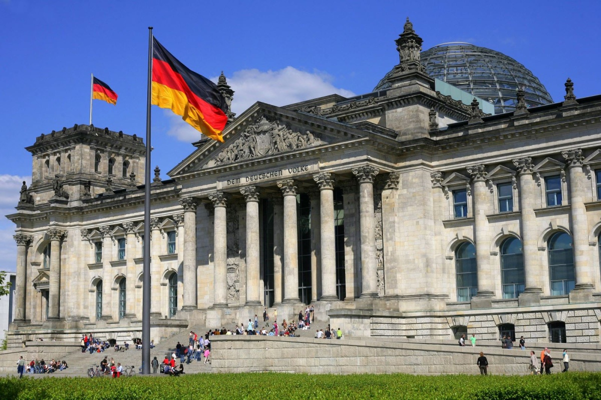 Новое правительство Германии выступает за полное выполнение соглашения по иранской атомной программе