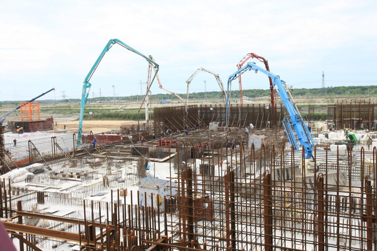 На Курской АЭС-2 забетонировали фундамент будущего реактора