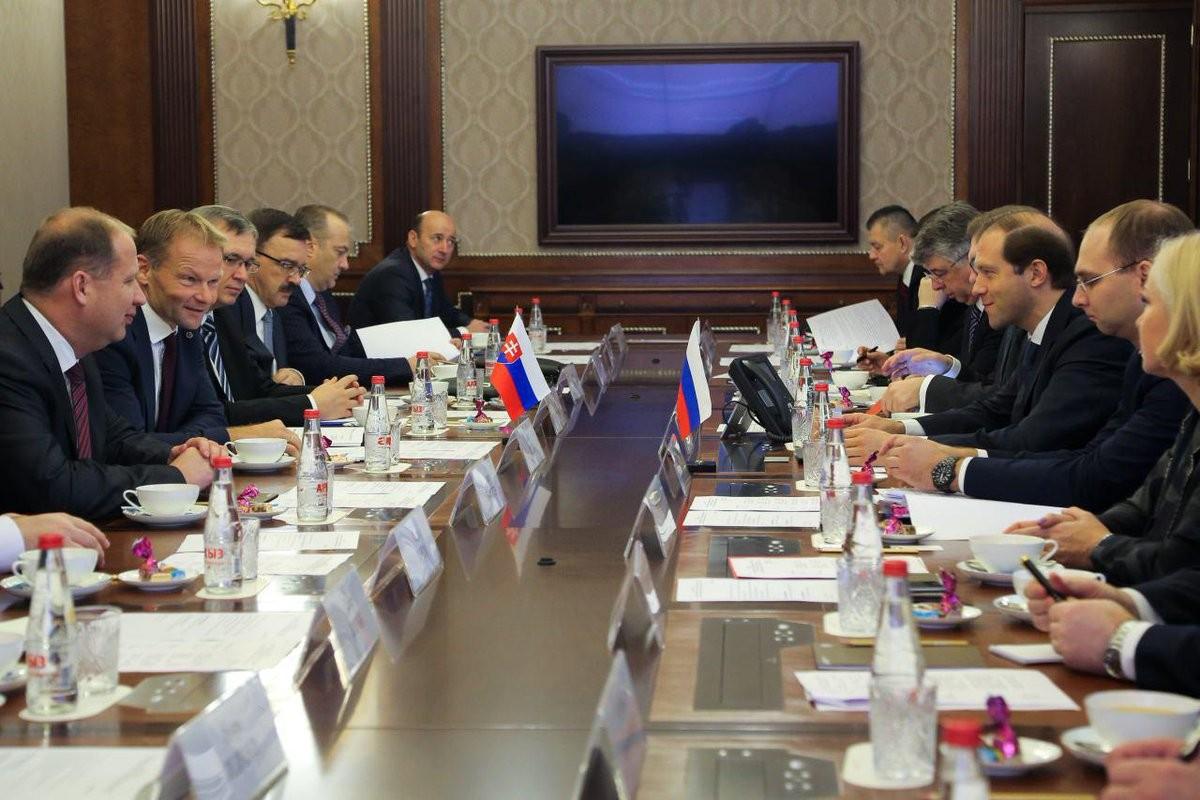 Россия заинтересована в реализации проектов по строительству АЭС в Словакии
