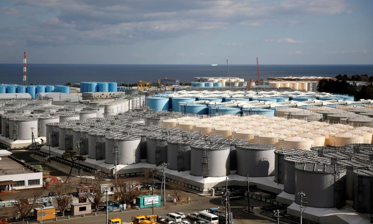 """Кабмин Японии изучит возможность сброса очищенной воды с АЭС """"Фукусима-1"""""""